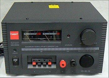 第一電波工業 ダイヤモンド リニアシリーズ型直流安定化電源 GSV3000